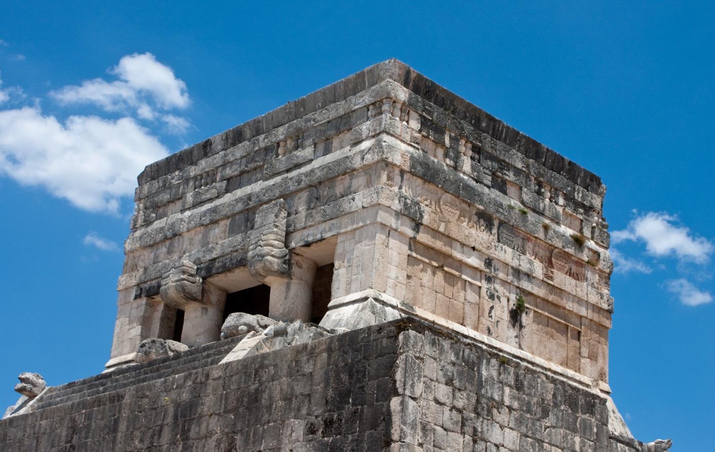 Chichen itz magia y esplendor de la cultura maya for Las construcciones de los mayas